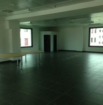 Fox Town spazio commerciale con terrazzo a Mendrisio