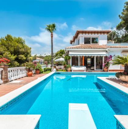 Costa del Sol: villa with dependence, For short or long stays