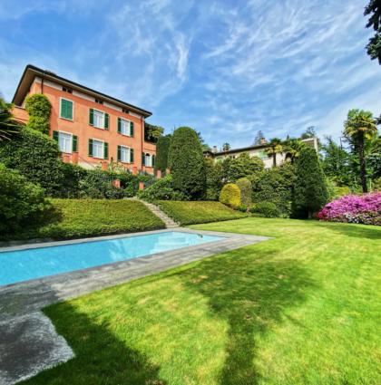 Prestigiosa Villa a Massagno